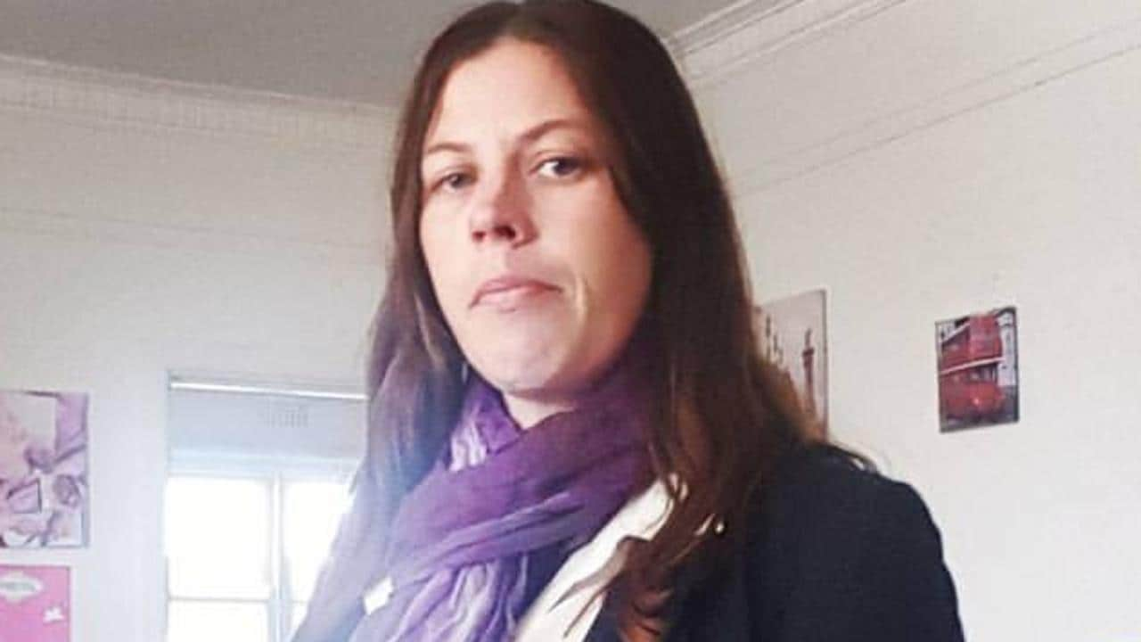 Domestic Abuser Killer Wife, Angela Surtees, Pleads Guilty To Setting Her Husband On Fire And Burning Him To Death In Front Of Their Young Children