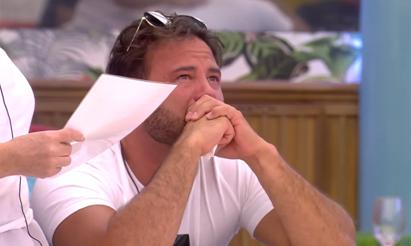 "CBB – Roxanne Pallett Falsely Accuses Ryan Thomas Of Being A ""Woman Beater"""
