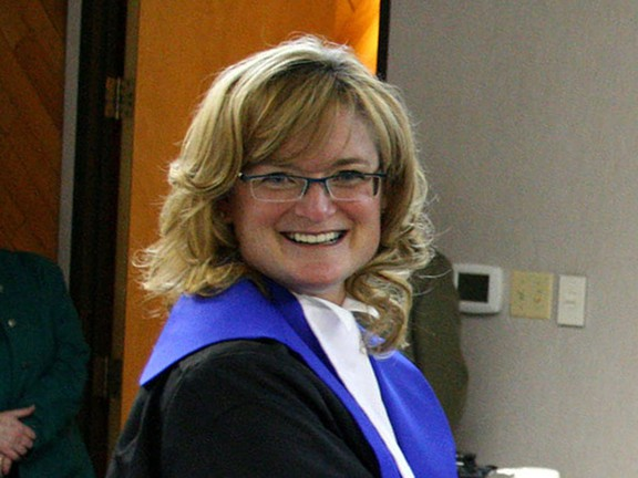Corrupt Feminist Judge Stephanie Cleary Causes Mistrial By Imposing Her Misandrist Views On Defendant And Showing Bias Towards Female Accuser